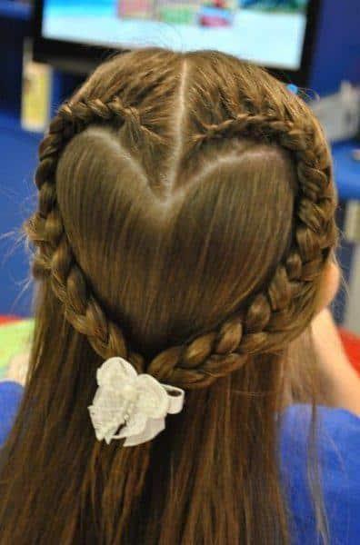 9-Peinados-para-niña-con-trenza-corazón-12