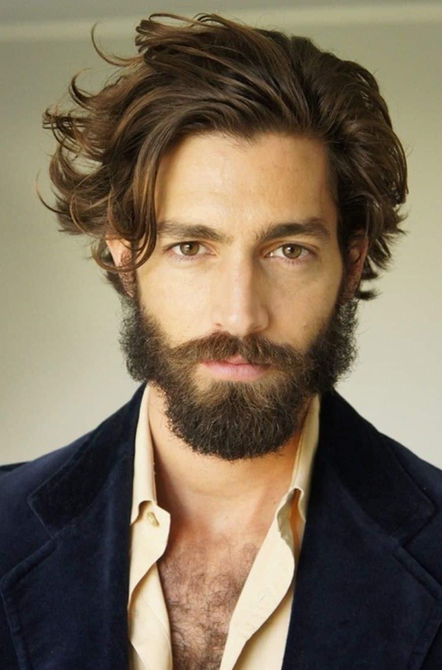 Cortes de pelo lacio largo para hombres
