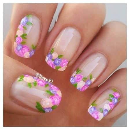 Diseños de uñas con flores naturales