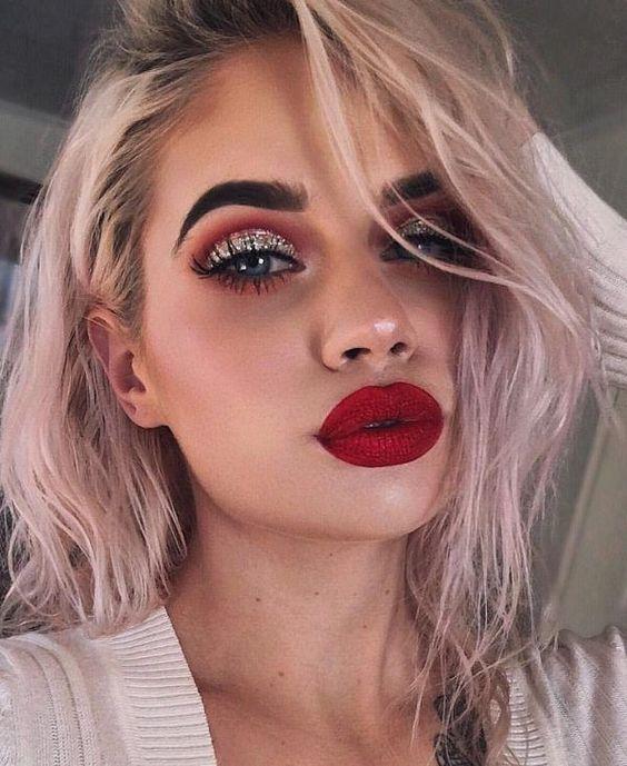 Maquillaje de Noche para lucir un vestido rojo