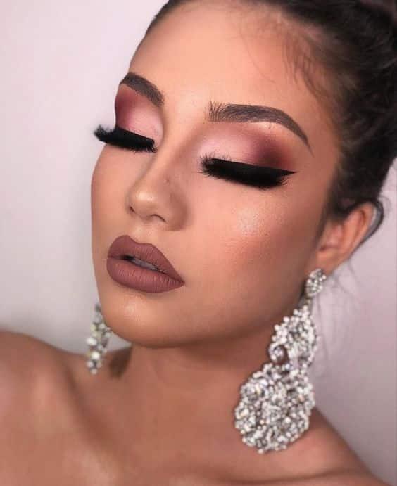 Maquillaje de noche especial para pieles morenas