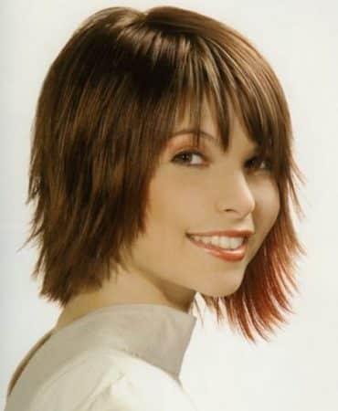 cabello en capas discretas