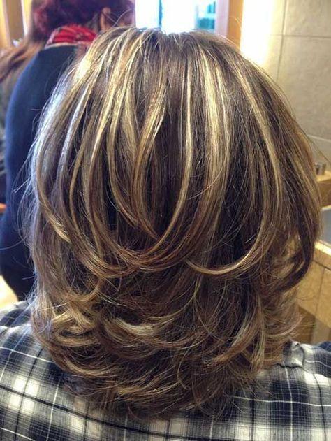 capas cortas de cabello