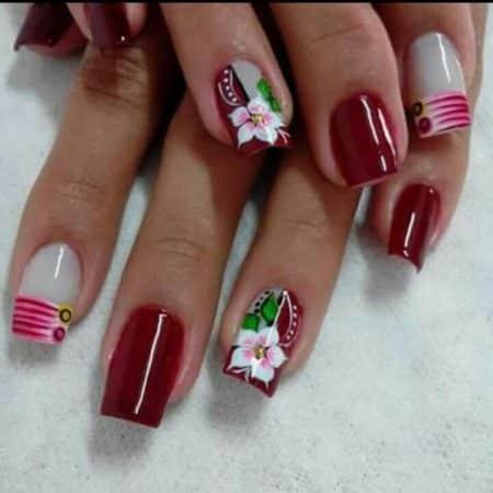 diseños de uñas en flores