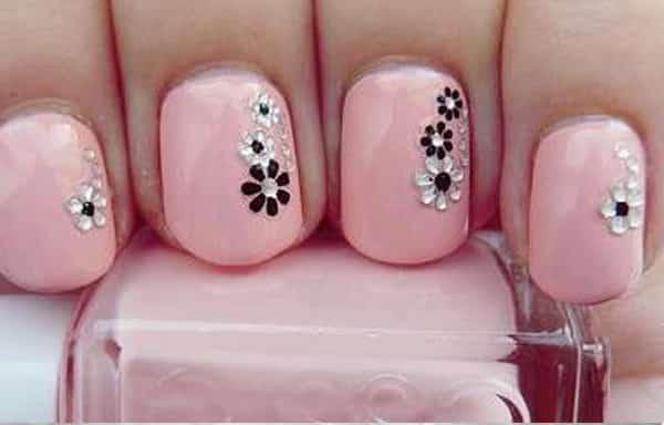 diseno unas flores pintadas