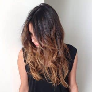 mechas californianas dark golden peluqueria 2 1050x1050