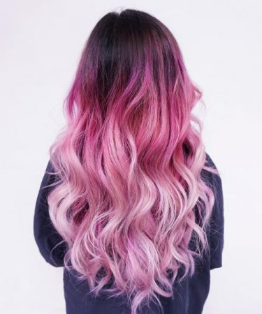 mechas de colores arcoiris rosa pastel