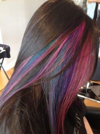 mechas de colores pelo negro