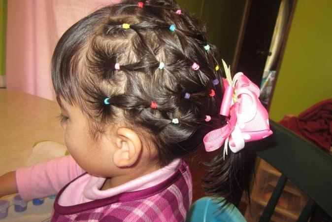 peinado de nina con ligas 1