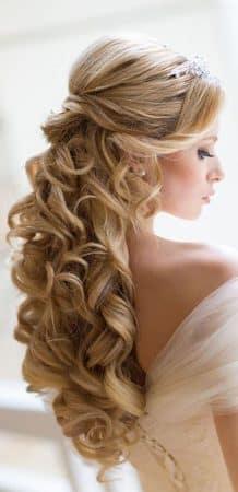 peinados bodas elegantes bucles coleta