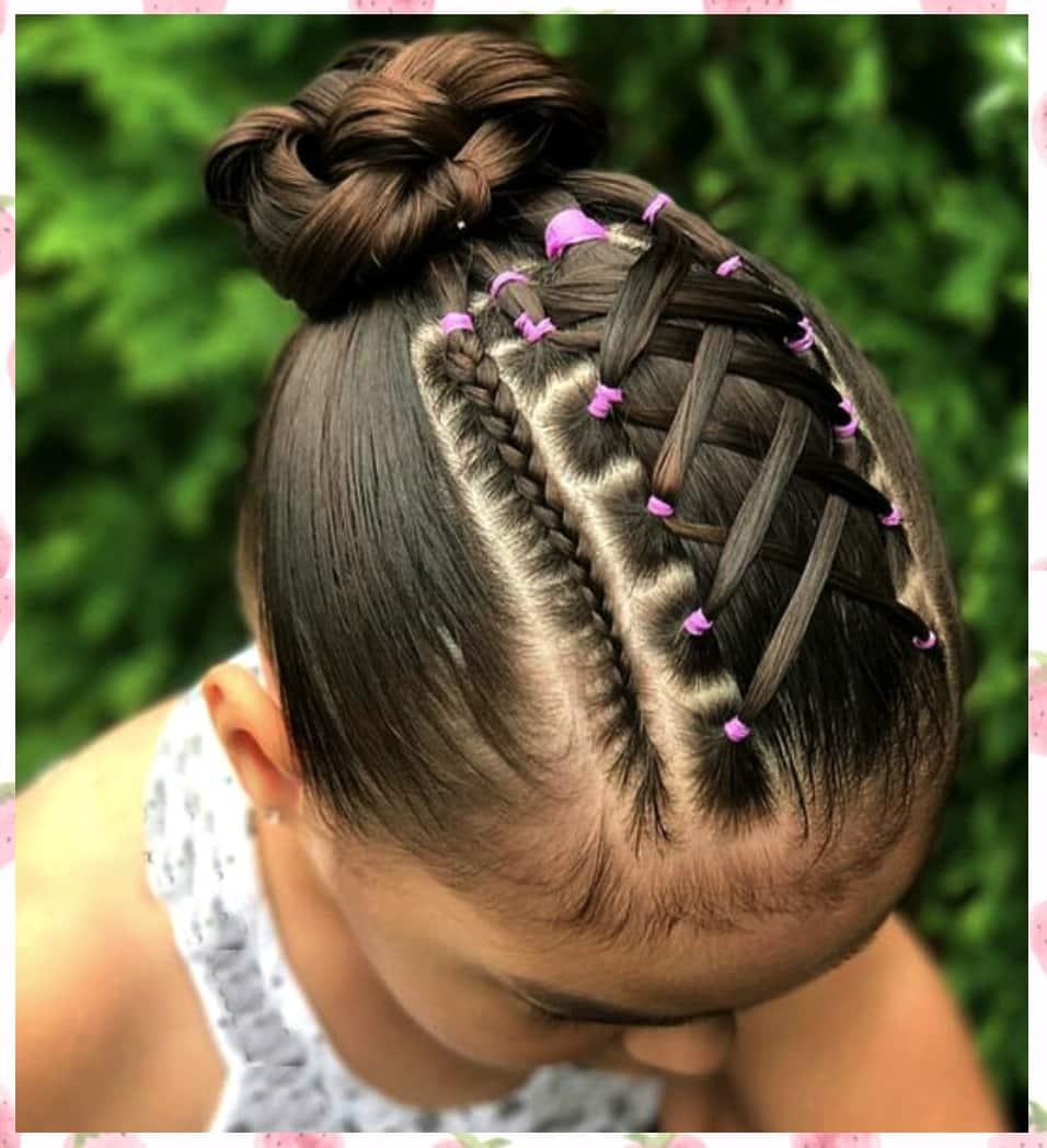 Diferentes versiones peinados para niñas con trenzas Galería de tendencias de coloración del cabello - 37 Peinados para Niñas con Ligas ¡FÁCILES y NUEVOS!