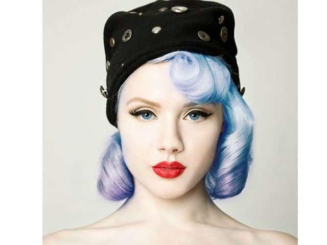 peinados pin up pelo azul 1