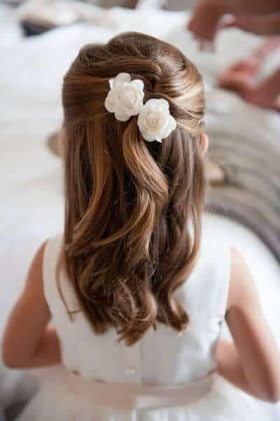 peinados primera comunion flores elegante 1