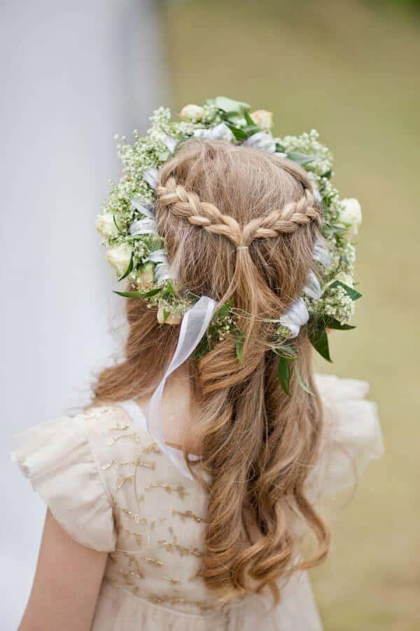 peinados primera comunion flores naturales