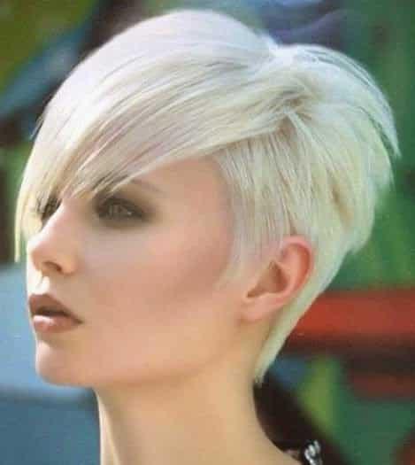 Corte de pelo moderno para pelo corto