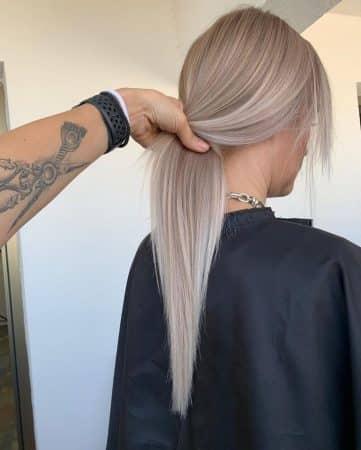 pelo rubio con mechas cabello brillante