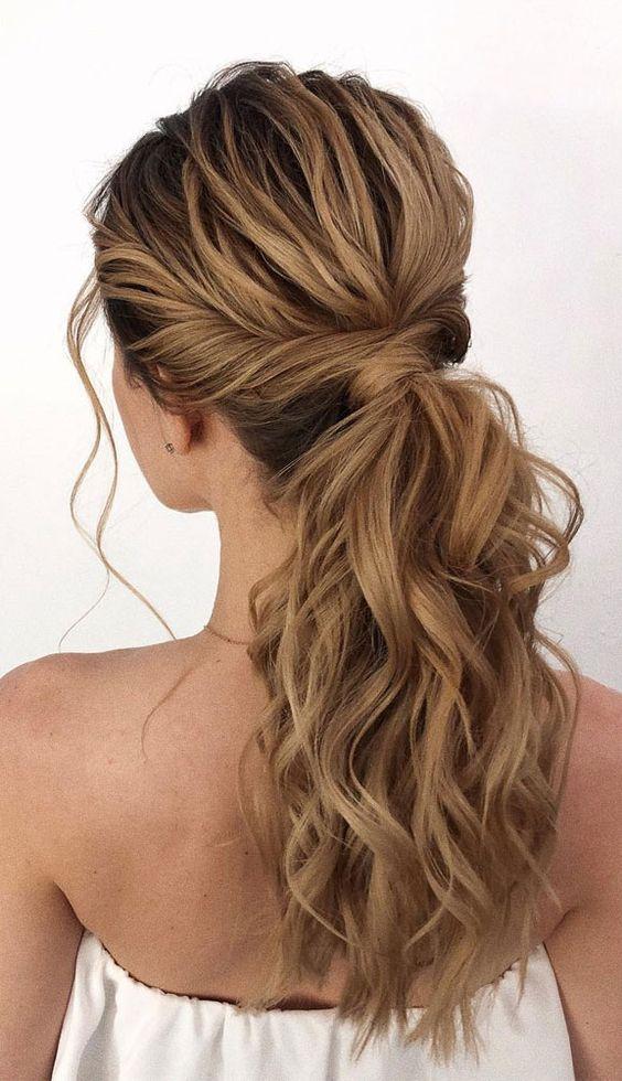 ponytail home office peinados
