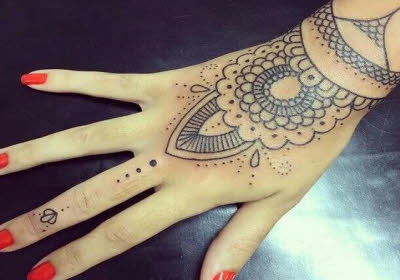 tatuajes en la mano bonitos