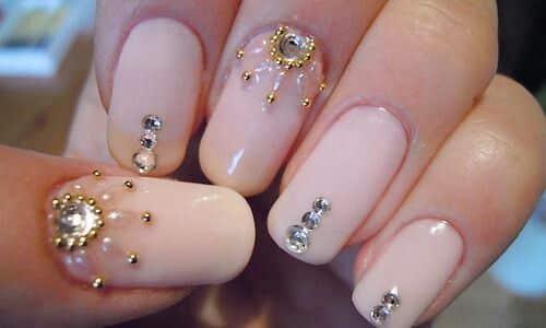 uñas con piedras 3 1