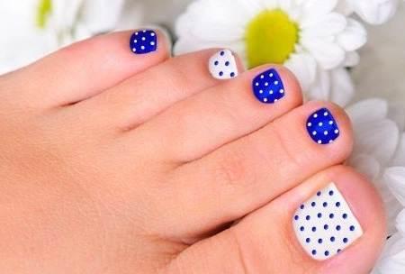 uñas con puntos para decoracion de pies