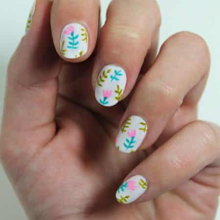 uñas decoradas con flores paso a paso 2