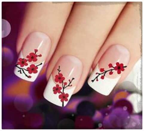 ver imagenes de diseños de uñas de flores