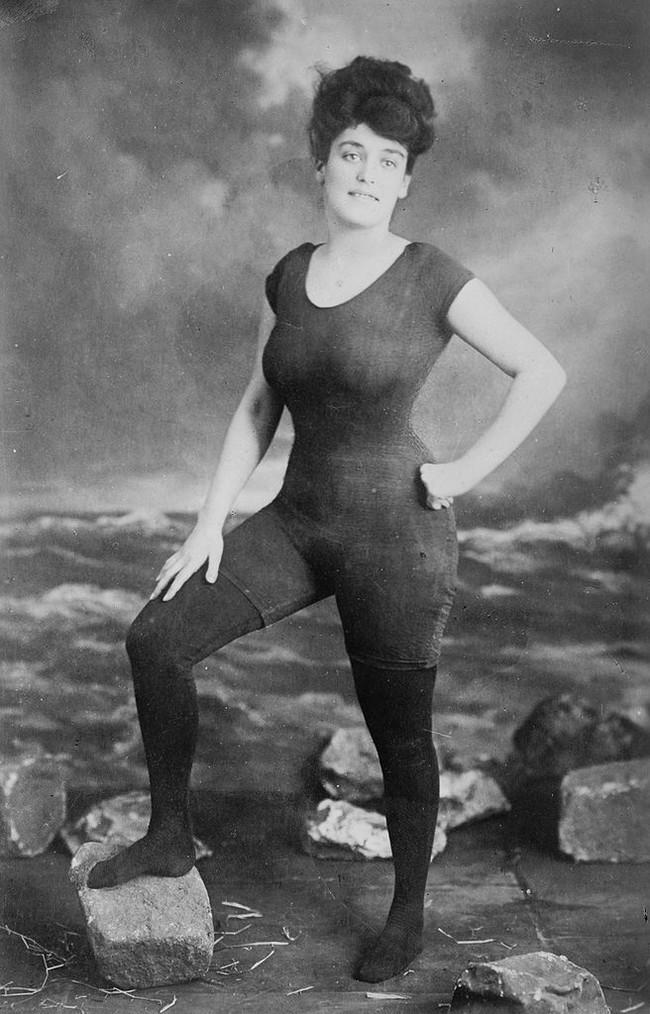 16-Annette Kellerman