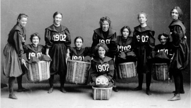 17-primer baloncesto mujeres