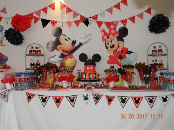 Cumple Mickey mesa dulce
