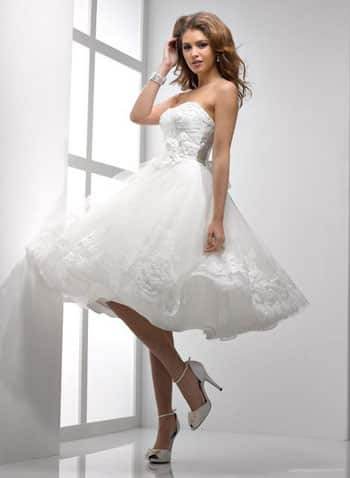 Ventajas-de-usar-un-vestido-de-novia-corto