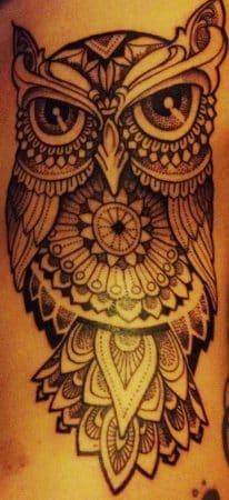tatuaje en la costilla buho e1507554013878