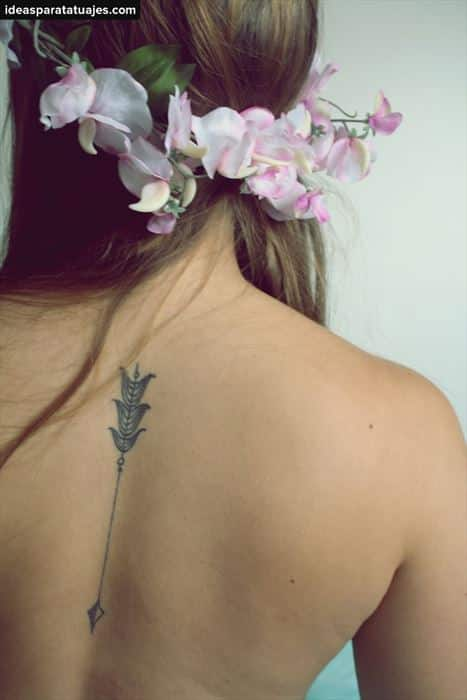tatuajes-de-flechas-creativos-diseños-para-mujeres-2