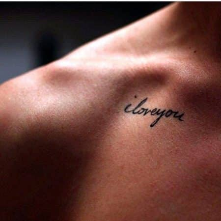 tatuajes en la clavicula elegantes frases