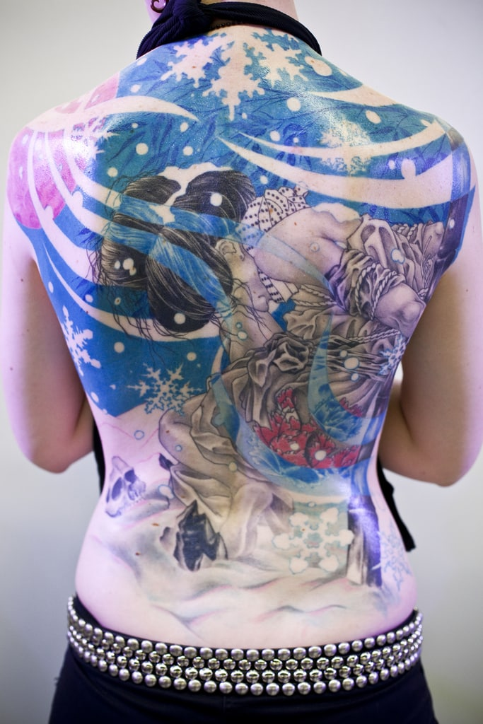 tatuajes-para-la-espalda-de-una-mujer-12