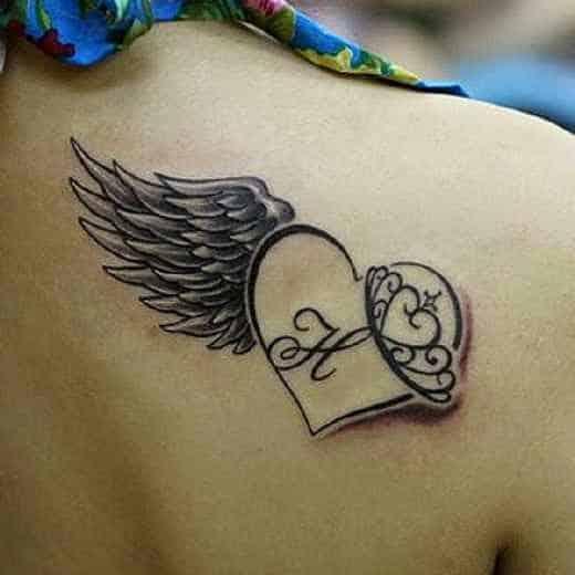 tatuajes para mujeres delicados alas