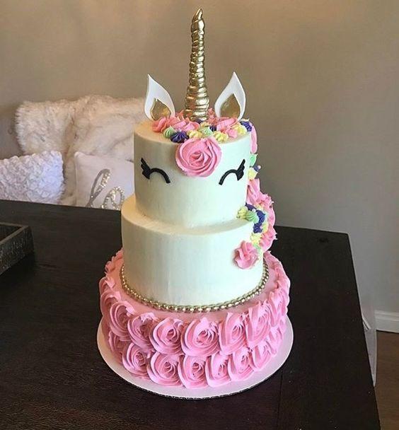 pastel unicornio 3 pisos vela