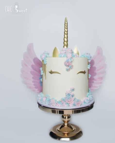 pastel unicornio con alas