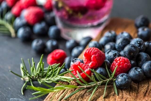 frutos rojos alimentos embarazadas